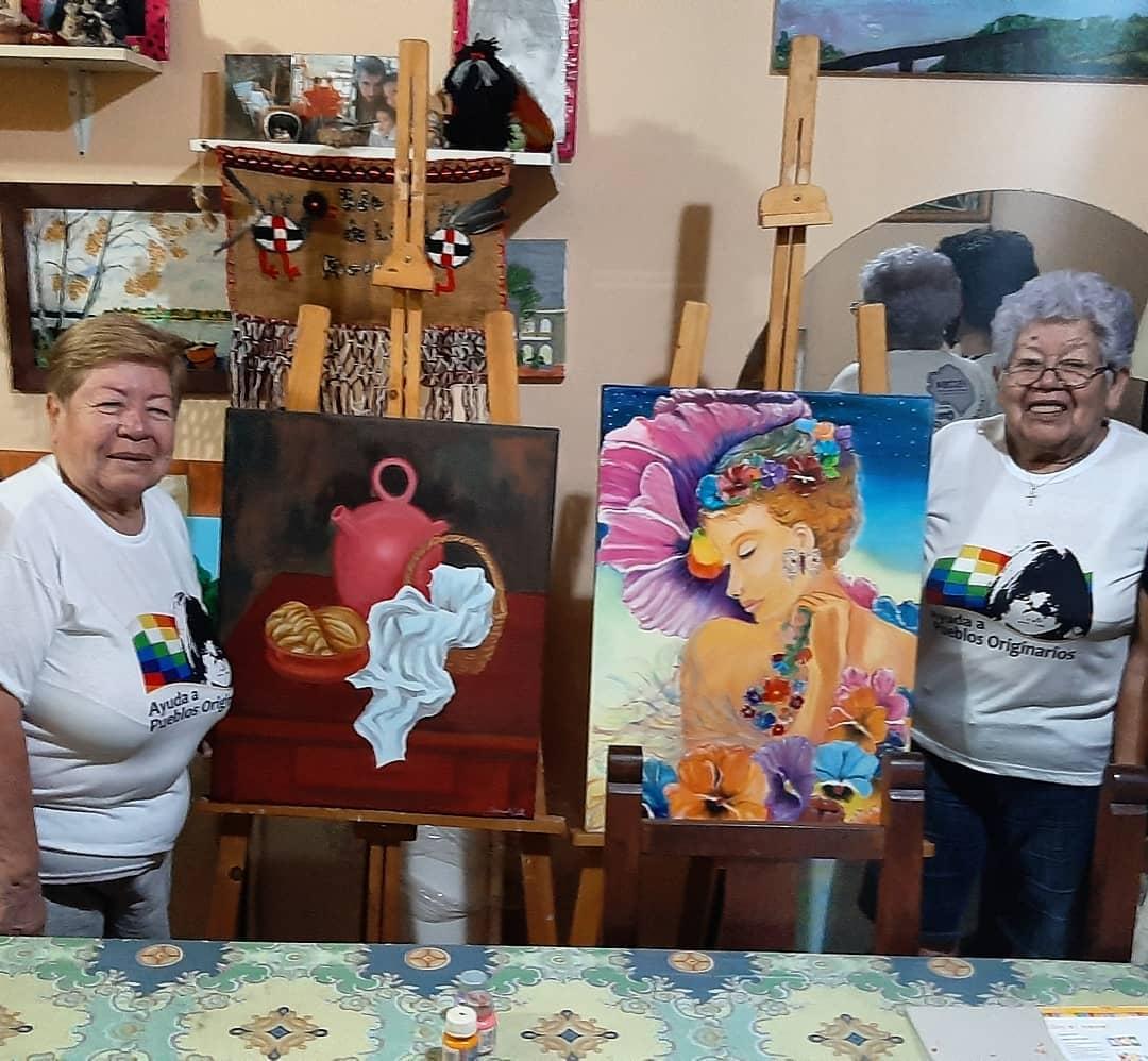 Vecinas de Saavedra pintaron cuadros para una rifa solidaria en beneficio de comunidades originarias