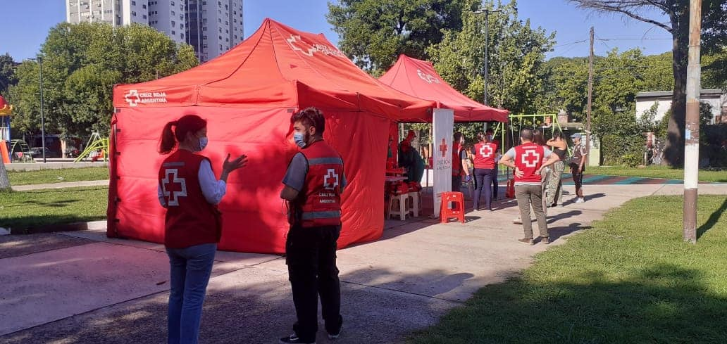 La Cruz Roja Filial Saavedra testea a vecinos del Barrio Mitre